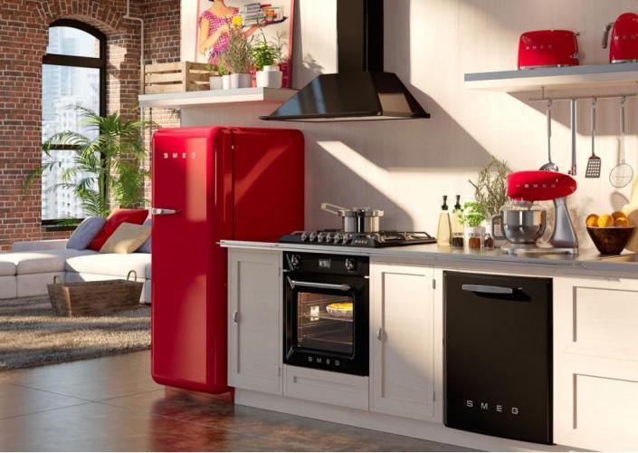 SMEG дарит подарки за покупку холодильника